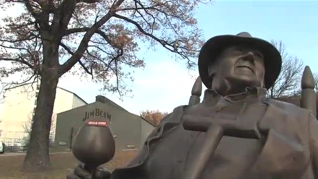 Lookin'@Louisville – Exploring Bourbon Country Part 1 – Episode 17
